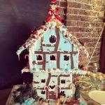 Big gingerbread house klaxon !